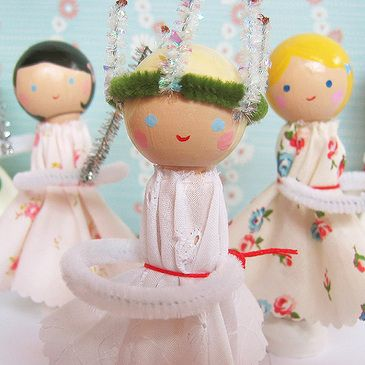 st lucia doll tutorial http://rosylittlethings.typepad.com/posie_gets_cozy/2006/12/santa_lucia_dol.html