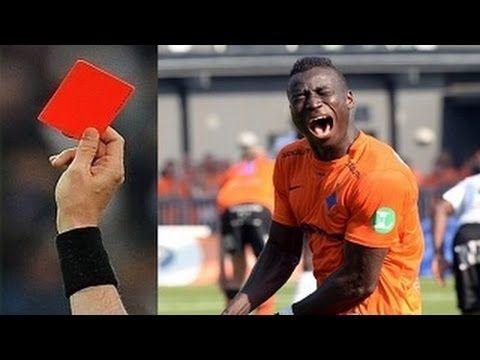 Futbolda En Komik, İlginç Kırmızı Kartlar ● HD: İlginçkategorisindeki sevilen bir videodur.Bu kategorideki yüzlerce videonun… #İlginç