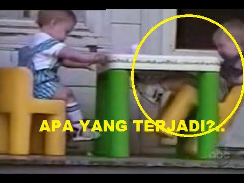 17 Kejadian Lucu, Bayi Lucu, Peristiwa Bayi Lucu, Video Lucu yang diambil secara tidak sengaja bagaimana kelakuan bayi yang sangat tidak masuk akal. beberapa