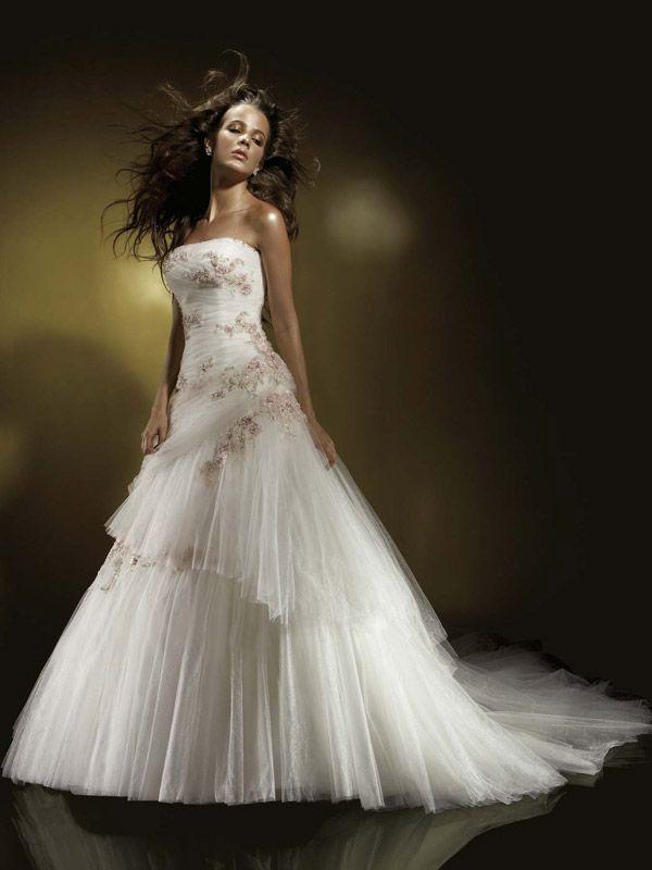 133 best celtic wedding dress images on pinterest for Celtic pagan wedding dresses