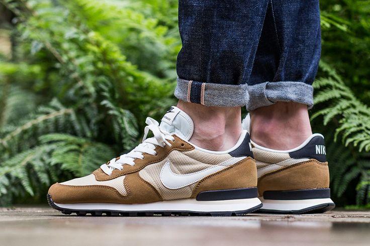 "Nike Internationalist ""Vegas Gold"" #nike #sneakers"