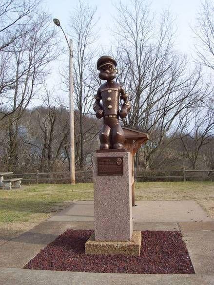 Situado en Chester, Illinois (EE.UU.), el lugar de nacimiento de E. C. Segar, a partir de ahora hasta el año 2020 se construirán una serie de estatuas de Popeye y sus amigos. La ciudad ha decidido que se construirá una cada año y cada una situada en un lugar diferente, en beneficio de los turistas.