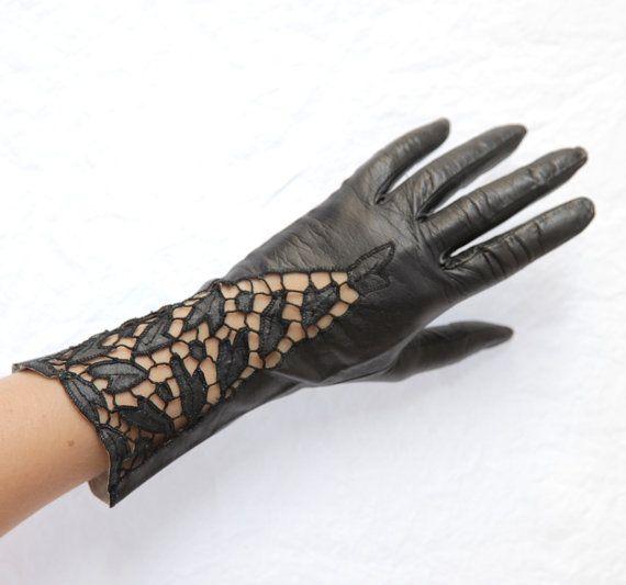 Vintage Ladies Black Leather Cutwork Gloves