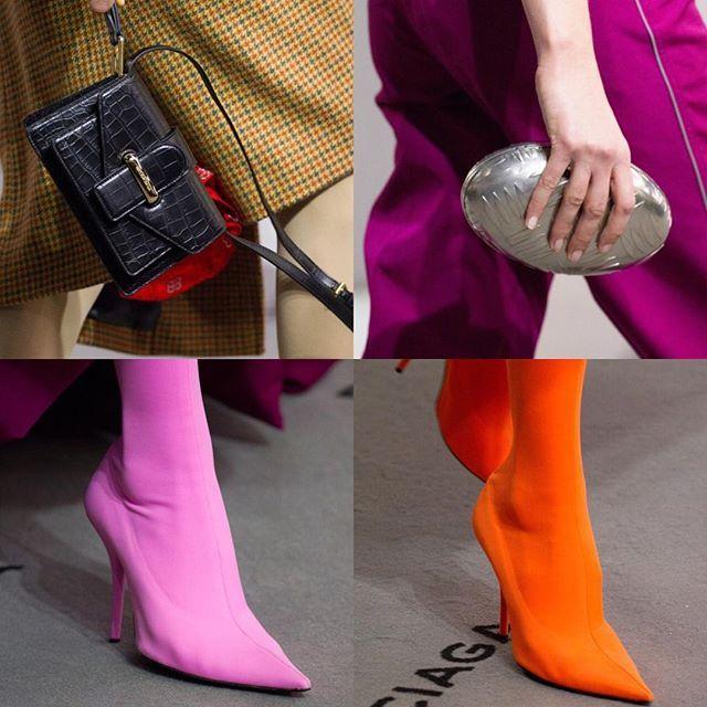 Vivid details at @Balenciaga FW17. / Лаконичные мини-сумки металлические клатчи и цветные туфли-лодочки на показе Баленсиага: больше деталей на vogue.ru!  via VOGUE RUSSIA MAGAZINE OFFICIAL INSTAGRAM - Fashion Campaigns  Haute Couture  Advertising  Editorial Photography  Magazine Cover Designs  Supermodels  Runway Models