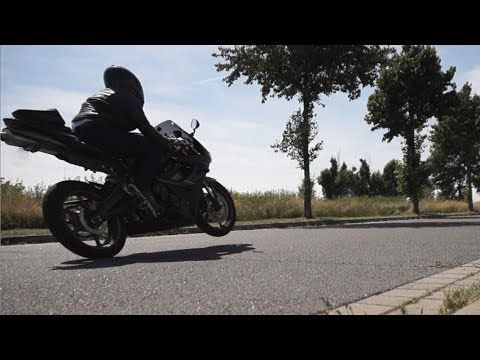 Full power fly bye with leo vince race exhaust + k&N air Muffler. Check out the triumph daytona 675 exhaust sound! -- Triumph daytona 675 sound -- http://www.youtube.com/watch?v=mbb9vfICCps