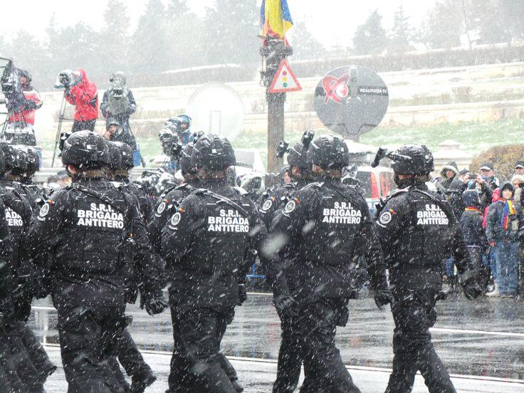 Brigada Antiteroristă, unitate de elită, prin intermediul căreia SRI îşi exercită prerogativele de autoritate naţională în executarea intervenţiei antiteroriste şi contrateroriste pe întreg teritoriul naţional.
