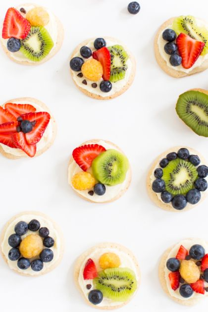 sugar cookie fruit pizza mulberry fruit