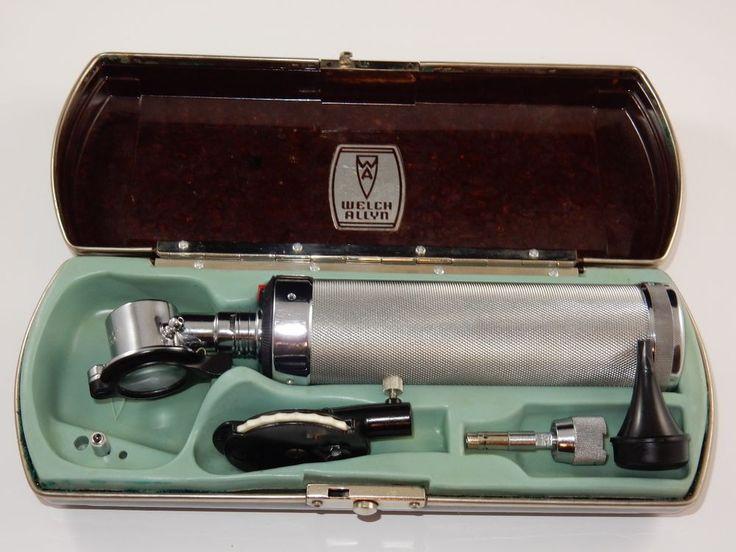 Welch Allyn Otoscope / Ophthalmoscope Set in Bakelite Case #WelchAllyn