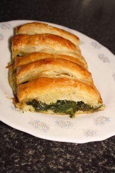 Esta receta la he visto en internet y me parece de lo mas suculenta. Y siendo de verdura… me gusta. Ingredientes:        (Para cuat…