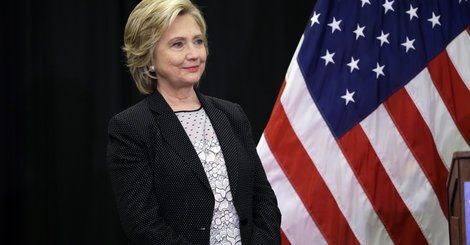 WASHINGTON -- Former Secretary of State Hillary Clinton would have had the authority to delete personal emails even if she had used a government email address, instead of her own private server, government