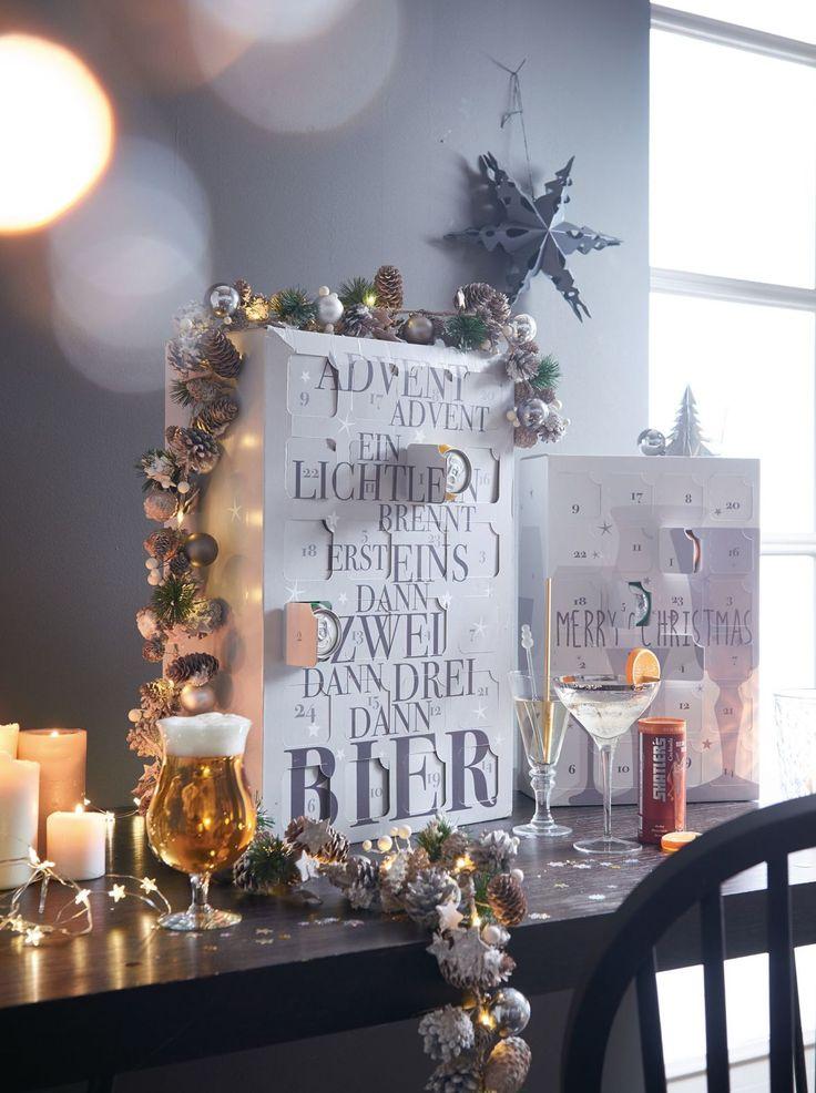 Advent, Advent, ein Lichtlein brennt, erst eins, dann zwei, dann drei, dann Bier steht auf der Vorderseite - da können sich Männer und Bierfans jeden Tag auf eine von 24 Dosen à 0,5 l mit ausgewählten Bierspezialitäten freuen. Eine adventliche Reise durch die Welt der Biere - Bitburger, Dominikaner, Feldschlösschen, Hasseröder, Holsten, KöPi, Köstritzer, Licher, Veltins, Wernesgrüner, Tuborg, Faxe und viele mehr. #Bier #Adventskalender #Weihnachten #Impressionenversand