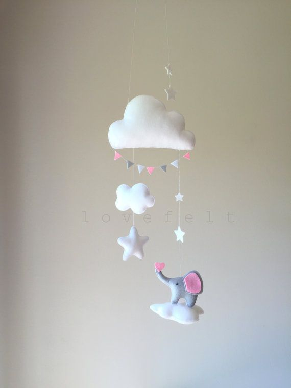 Etsy の Baby mobile Clouds Mobile Baby mobile by lovefeltmobiles