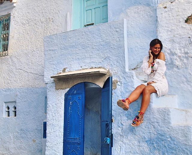🌍💙✈️ #chefchouen#morocco#moroccotrip#travel#vacation#allblue#bluepearl#neverforgetyou#themostbeautiful#iwannaback#girls#pompomsandals#zarashoes#asos#asosdress @wonderful.world.pic @igerschaouen
