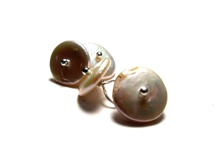 Cufflinks with freshwater pearls