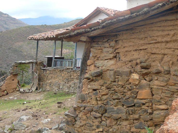 1000 images about casas de bahareque on pinterest for Casa con piscina quebrada alvarado