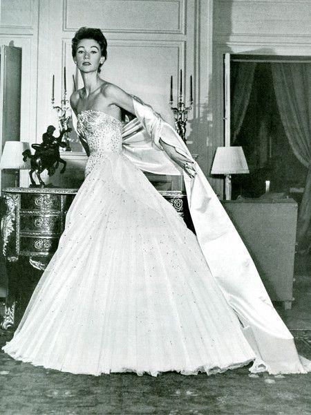 Abito da sera Christian Dior 1952 - Foto da fotolibra.com