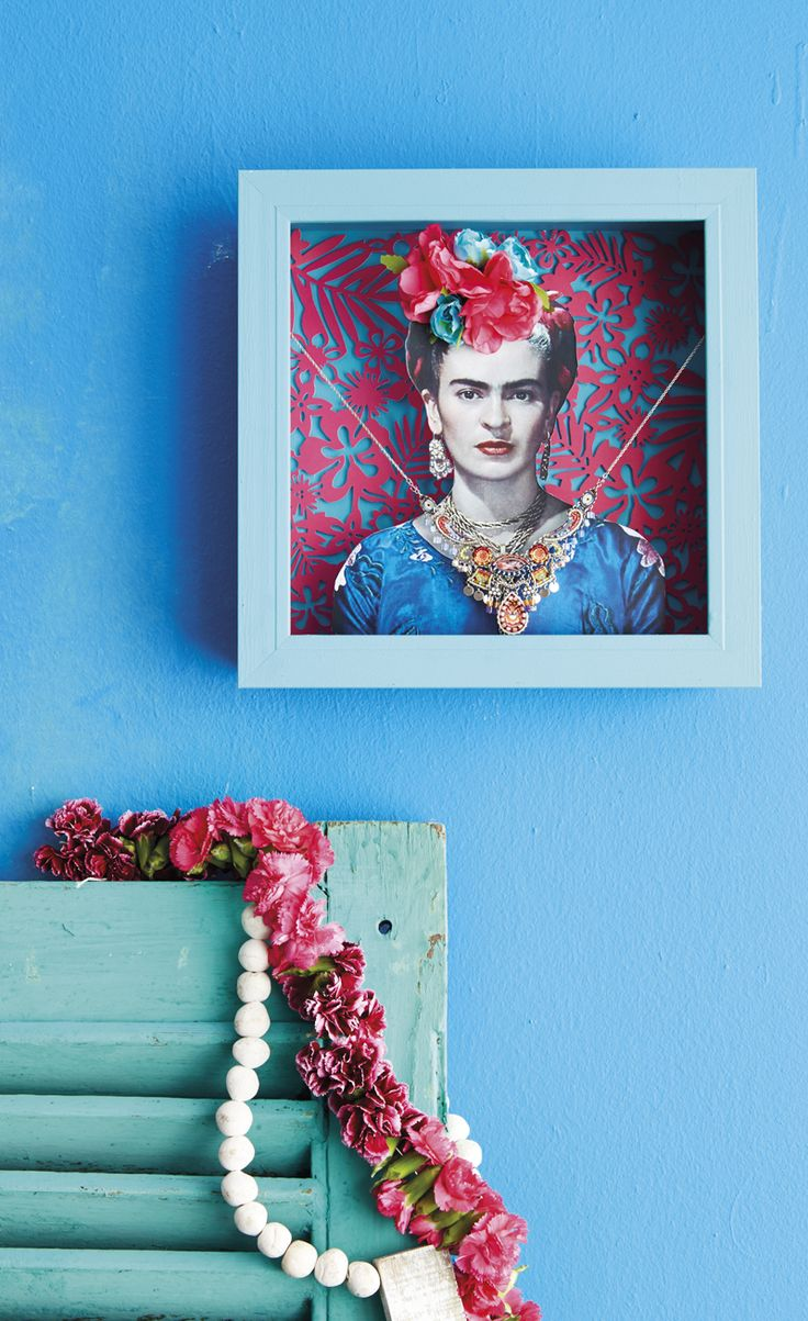 The colors of Mexico are vibrant and seductive. Together with geometric patterns and the legendary icon, Frida Kahlo, we were inspired to make a 3-D shadow box to display our special pendant.