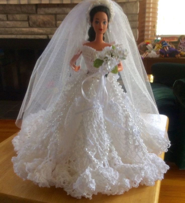 """Crocheted wedding dress   for 11 1/2"""" dolls (Barbie and the likes)"""