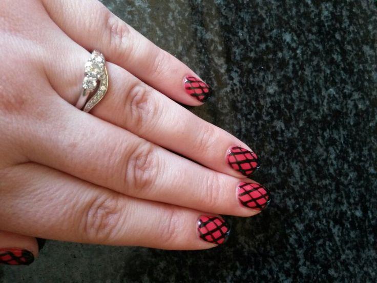 Nail art, simple net pattern by Minelliart