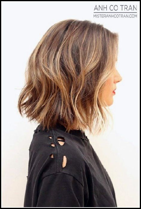 12 stilvolle Bob Frisuren für welliges Haar