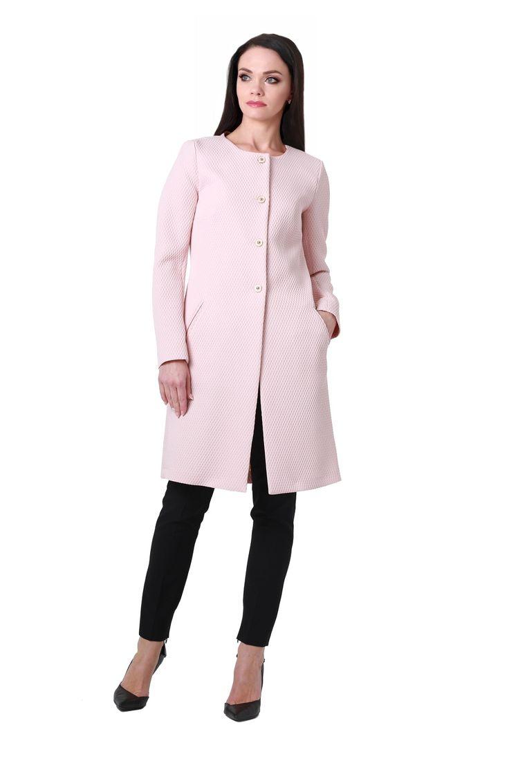 Модель: Б2253 Предмет: жакет Цвет: розовый Размер: 42, 44, 46, 48, 50, 52, 54 Рост: 164; 170 Состав: 98% П/Э, 2% эластан Описание: Женский элегантный жакет полуприлегающего силуэта. Модель подойдёт для девушек, которые стремятся подчеркнуть свой изысканный стиль и руководствуются не только модными тенденциями при выборе одежды, но и универсальностью изделия.  Рукав двухшовный, длинный. Фактурная жаккардовая ткань. Спинка со средним швом и вертикальными рельефами от линии рукава. Горлови...