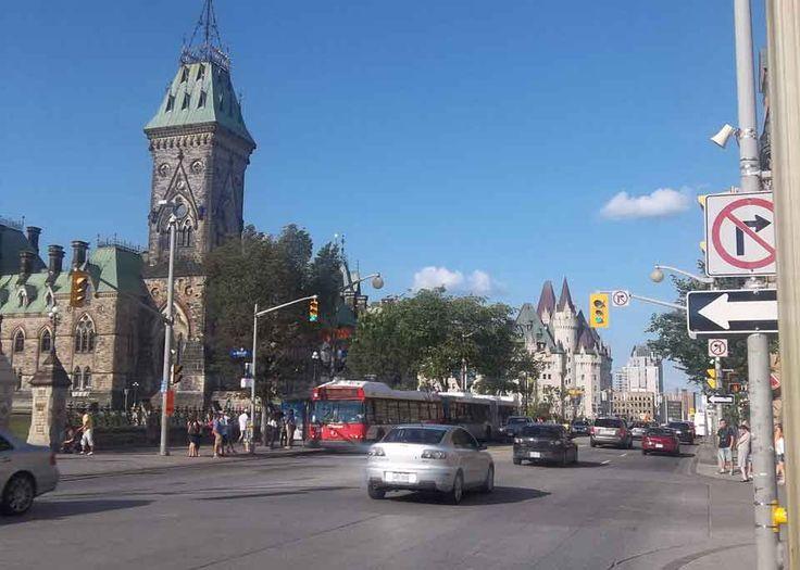 Centretown, Ottawa: Neighbourhood Profile.   http://nexthome.yp.ca/neighbourhoods/ottawa-centretown/31177/