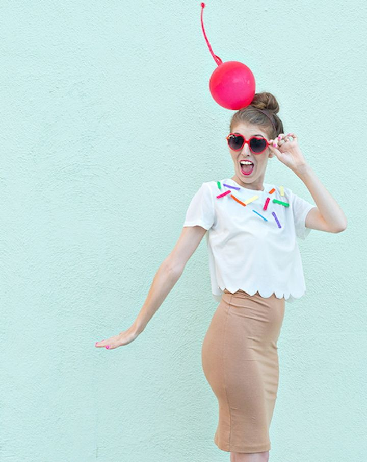 Create a sweet ice cream costume out of construction paper, glue, and a red balloon. #halloween #diy #costume