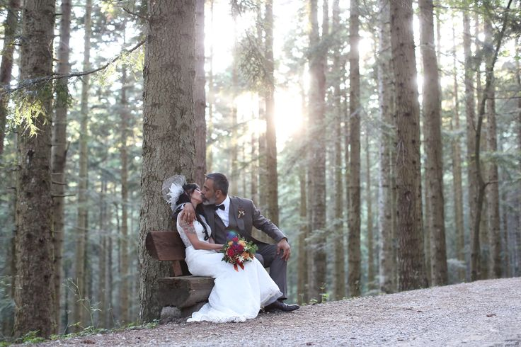 Intimate woodland wedding forest wedding  Parco Nazionale delle Foreste Casentinesi Toscana Just magic