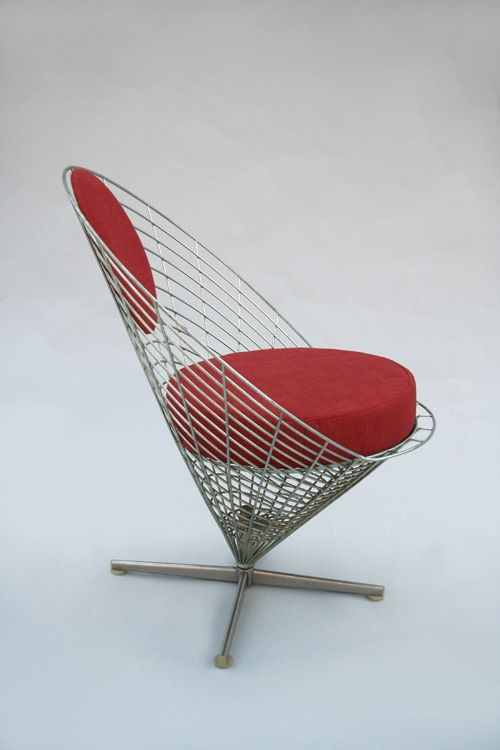 My house needs a chair that looks like a wire french fry - Chaise pliante london ...