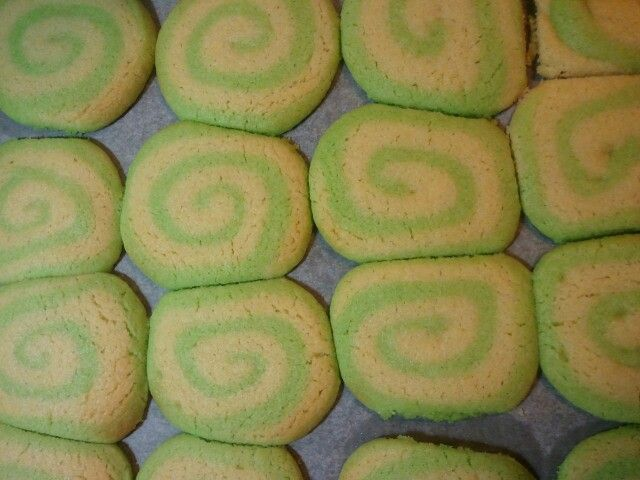 Spiral cookies. Not bad for a first try...