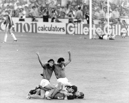 World Cup final, 1982. #paolo rossi #bruno conti #Antonio Cabrini #claudio gentile #alessandro altobelli #azzurri