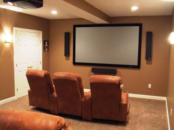 17 best ideas about small home theaters on pinterest for Basement home theater plans