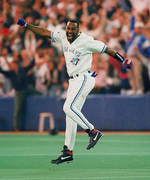 Joe Carter's winning home run for the Toronto Blue Jays - World Series 1993