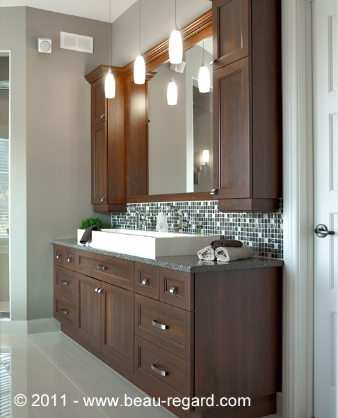 Armoire de salle bain en mélamine et polyester