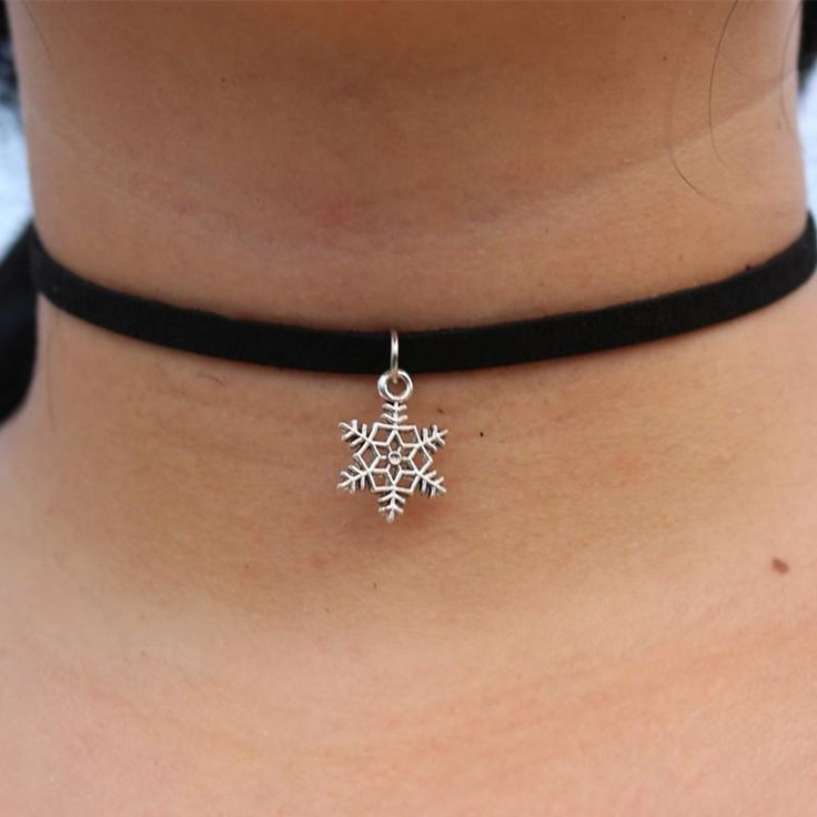 Punk Choker Necklace Statement Simple Boho Chain Necklaces. Choker Necklaces are so IN at the moment and this Necklace will definitely give your outfit a stylish, classy on-trend look!