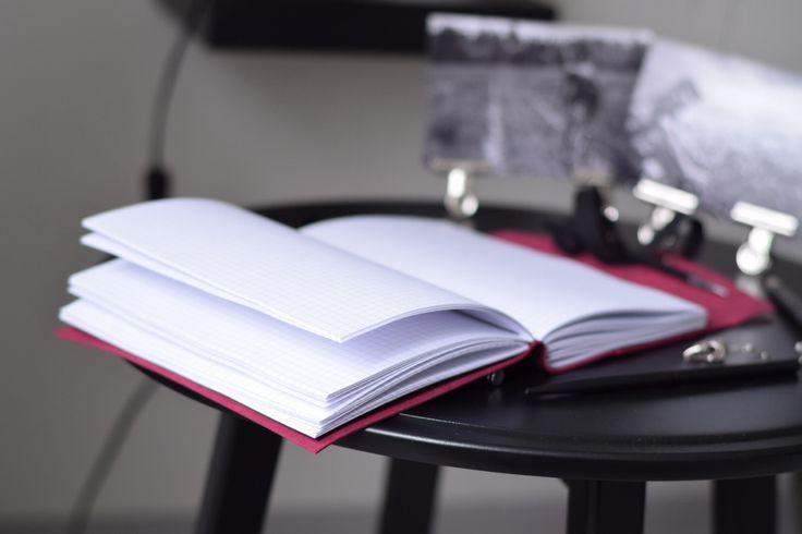 Кожаный блокнот А5 с карманом для карточек. Кожаная записная книжка с ремнём. | «Ламбада-маркет»