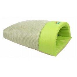 Slaapzak Starline Limegroen#Zeer mooie zachte stof#Een heerlijke slaapplek voor kleine hondjes of katten.