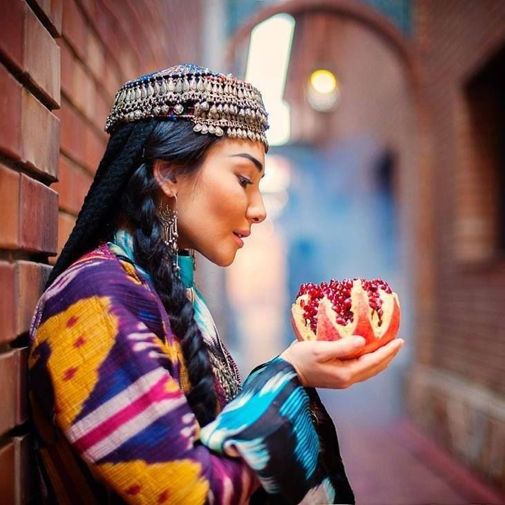 An Uzbek woman Repinned by www.loisjoyhofmann.com Beautiful! #Uzbekistan #Travel #People