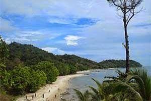 Jual Tiket Pesawat: Pulau Sawi Ketapang Indonesia  Ketapang merupakan nama salah satu Kabupaten di Provinsi Kalimantan Barat. Kabupaten ini mempunyai banyak pulau-pulau kecil yang memiliki potensi wisata menarik. Salah satunya adalah Pulau Sawi. - See more at: http://tiketpesawatklaten.blogspot.com/2014/05/tentang-pulau-sawi-ketapang-merupakan.html#sthash.q8Gtq4F3.dpuf