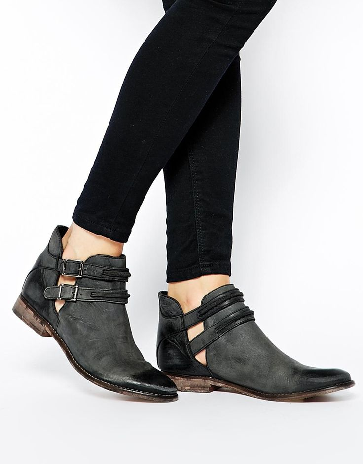 Free People   Free People Braeburn Cut Out Flat Ankle Boots at ASOS