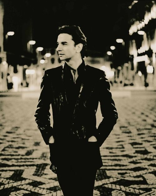 Dave Gahan. What a great pic!