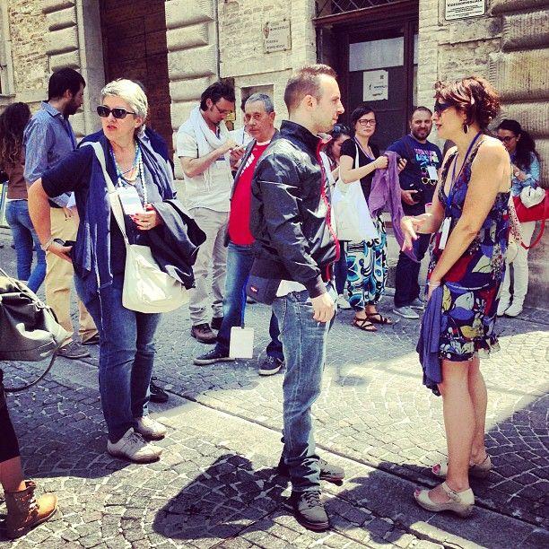 Pronti con il team di #inmontefalco e in partenza per pranzare con @parahic @igersumbria @lalisocialdrop foto di @igersperugia
