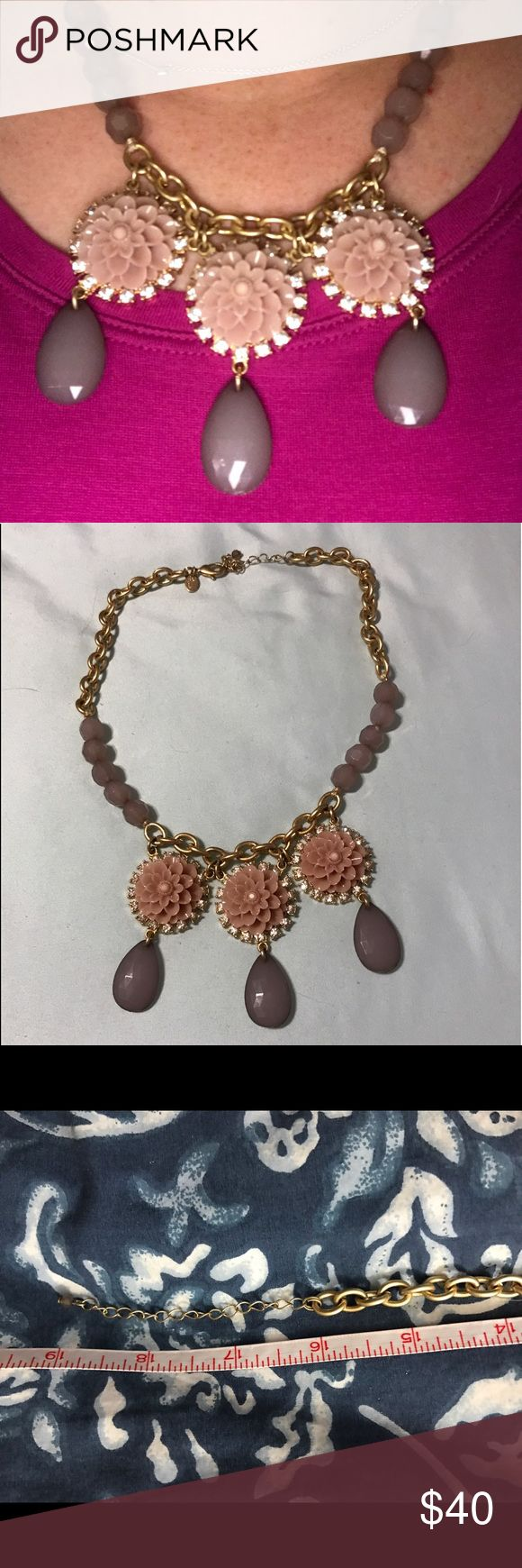 "Lia Sophia Statement Necklace Beautiful and vintage looking necklace! 16"" long with extender to make it 19"". Minimal wear in excellent condition! No trades! Nonsmoking home. Lia Sophia Jewelry Necklaces"