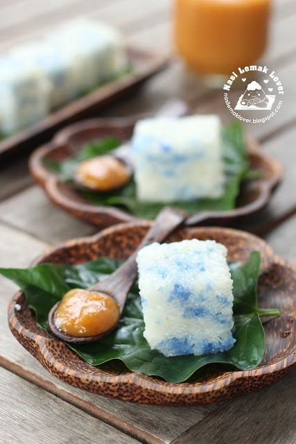 Pulut Tai Tai - famous Nyonya Kueh (steamed glutinous rice with blue pea flowers) Served with Kaya