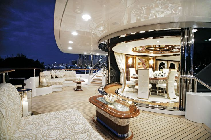 Diamonds are Forever - Aft deck - Luxurious Yacht