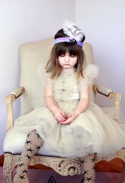 poppy wearing tutu du monde bobo choses safe princess girl kids. Black Bedroom Furniture Sets. Home Design Ideas