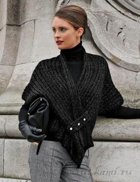 LOVE this fabulous Crochet Wrap: free #crochet pattern available but needs some serious translating