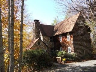 Huge Comfortable Log Home in North Carolina Mountains!Vacation Rental in Beech Mountain from @HomeAway! #vacation #rental #travel #homeaway