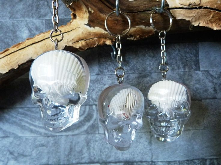 Sea Shell, biker key chain,custom key ring,skull key ring, goth key ring, skull charm,skull keyring charm,skull fob, skull key fob, by ZascreationsCrafts on Etsy