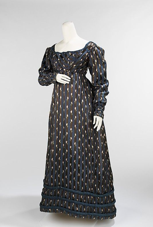 1820 day dress. Love these sleeves.